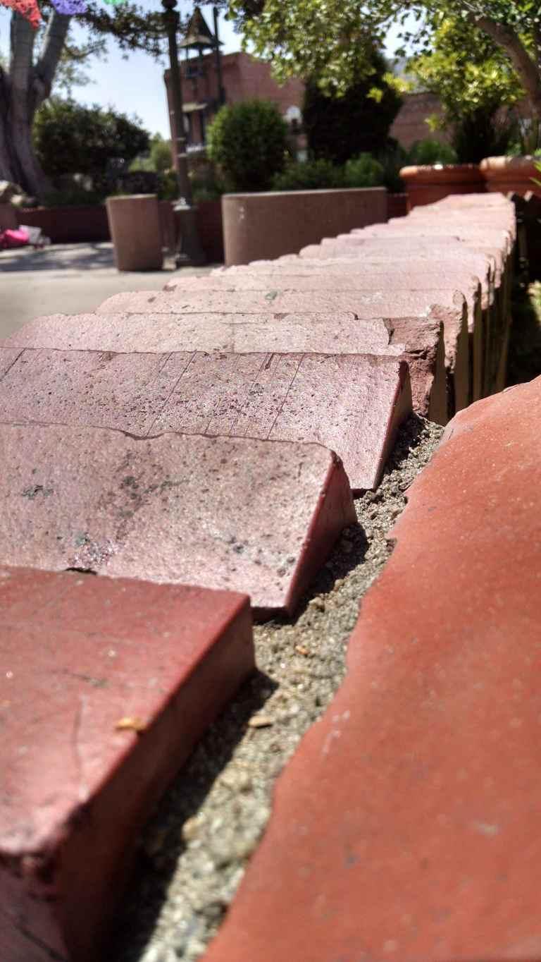 bricks_lr