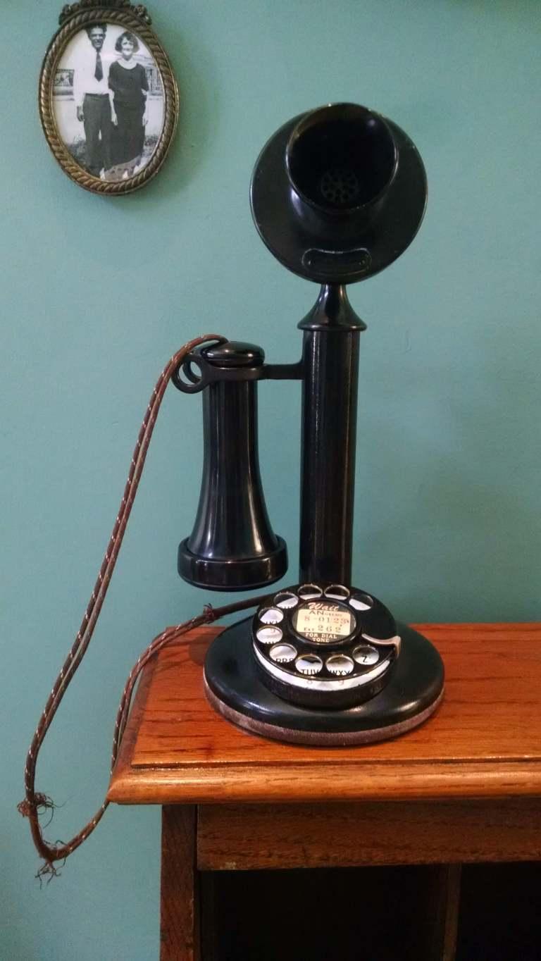 telephone_lr